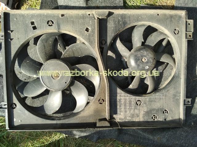 вентилятор радиатора маленький Шкода Октавия тур