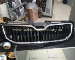 решотка радиатора Шкода А7