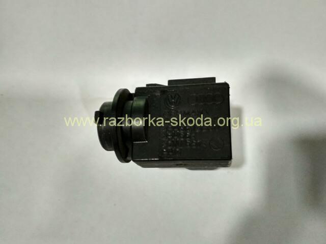 1k0907659 VAG датчик загрязнения воздуха б/у Skoda Octavia A5
