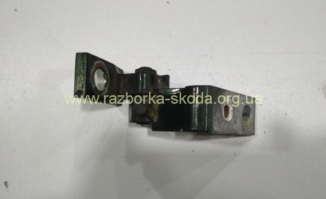 1U0831402A Петля передней двери верхняя правая Skoda Octavia Tour 02-10