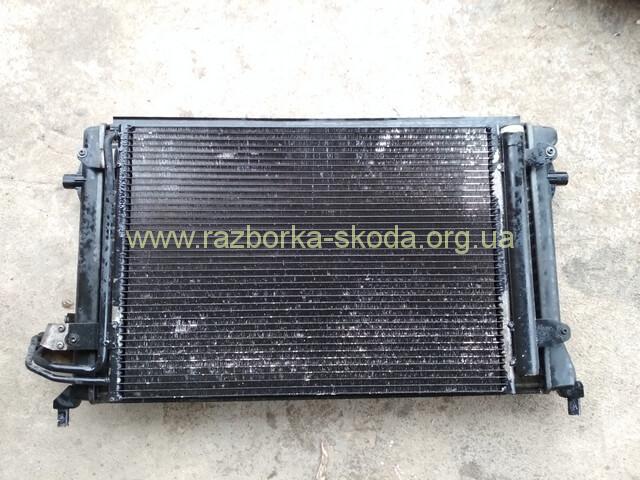 1K0820411S Радиатор кондиционера б/у Шкода Октавия А5