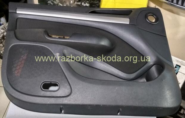 1Z1867011 Карта оббивка двери левая водительская б/у Шкода Октавия А5 Fl