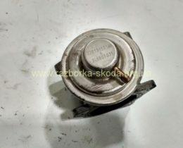 038131501AN VAG клапан EGR 1.9-2.0TDI Шкода Октавия А5 СуперБ